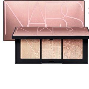 NARS cheek highlighter palette
